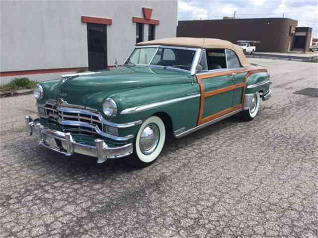 1949 Chrysler Town & Country | 819257