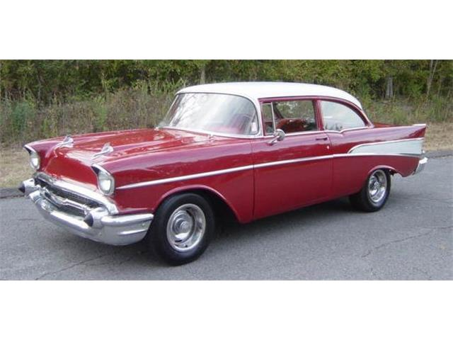 1957 CHEVROLET 2-DOOR  POST | 819864