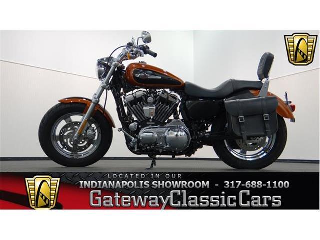 2011 Harley Davidson XL1200C | 819974