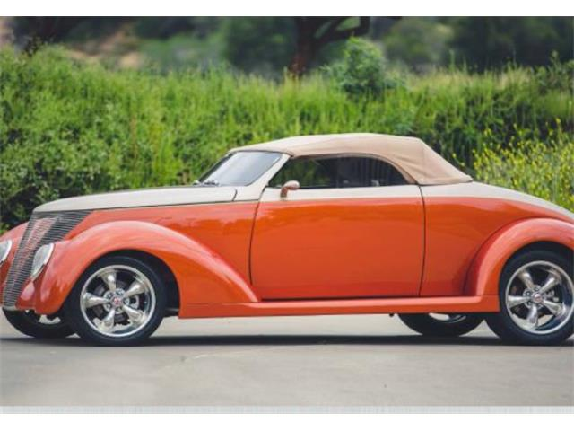 1937 Ford Roadster | 822064