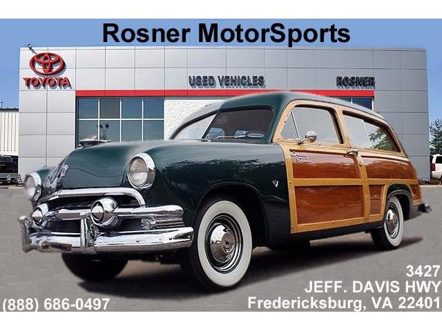 1951 Ford Country Sedan | 822240
