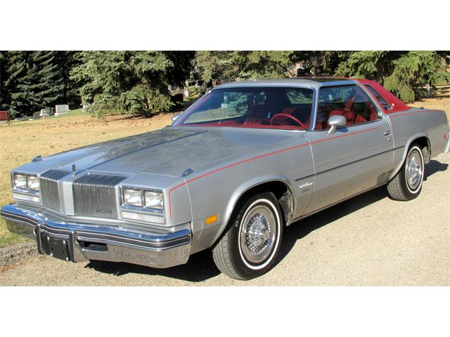 1977 Oldsmobile Cutlass Supreme Brougham | 823161