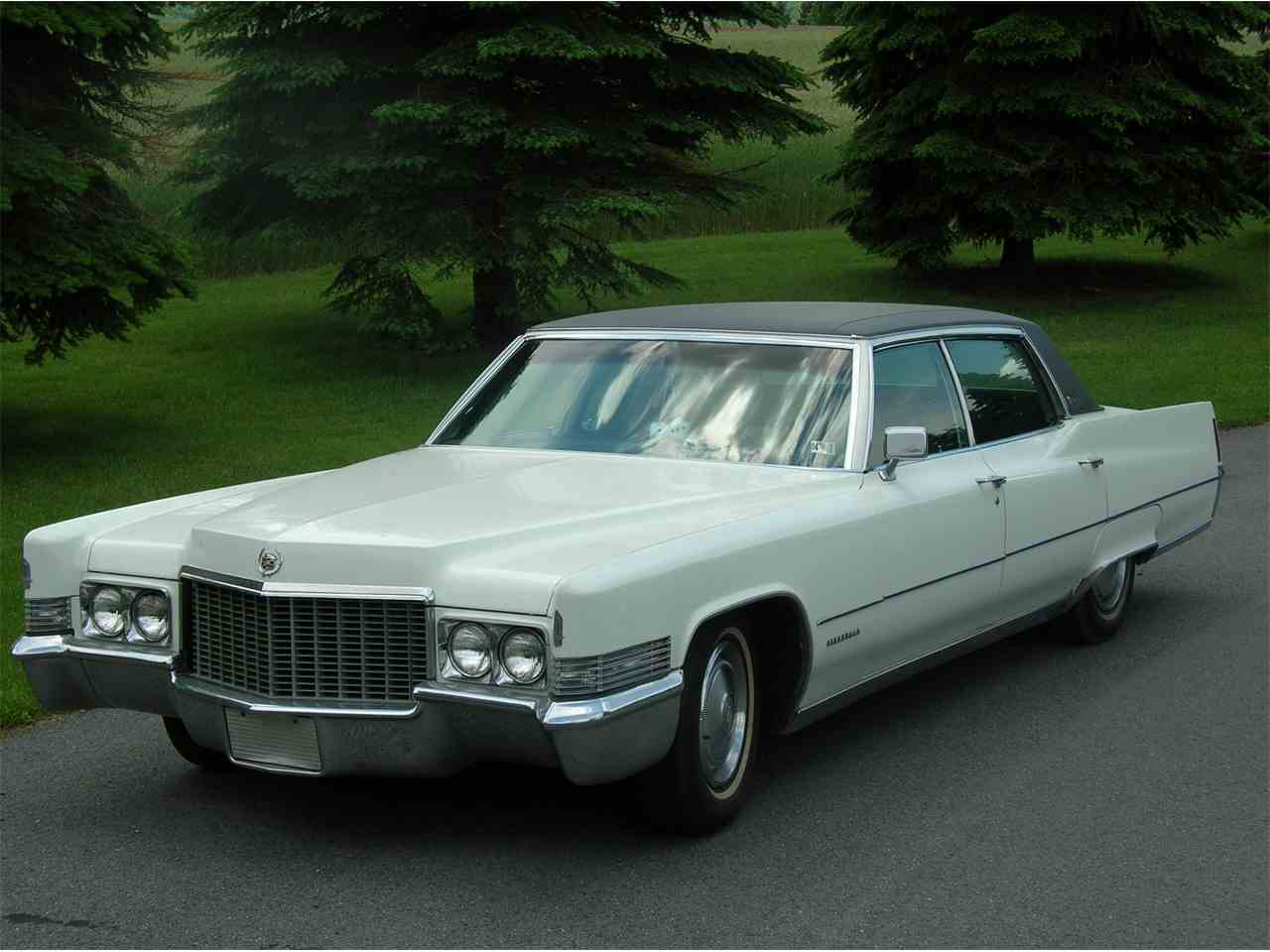 Large Picture of Classic 1970 Cadillac Fleetwood located in Pennsylvania - $13,000.00 - HN7I
