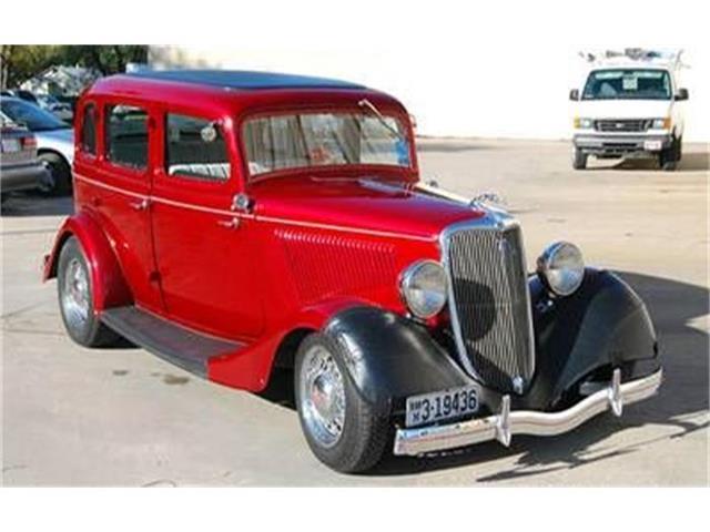 1934 Ford Sedan | 823385