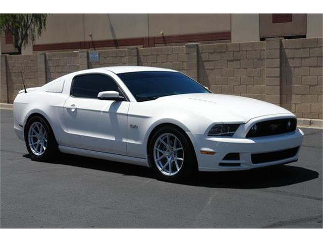 2013 Ford Mustang | 823474