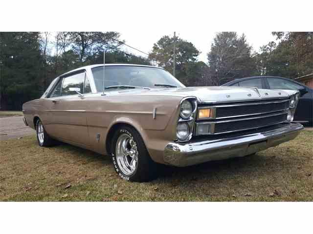 1966 Ford Galaxie 500 | 824436