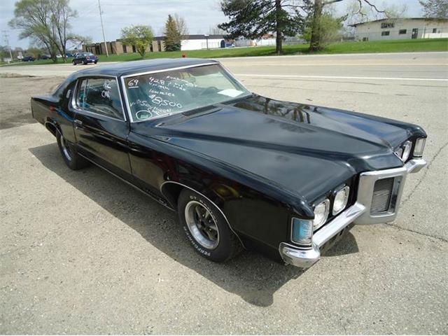 1969 Pontiac Grand Prix | 824513
