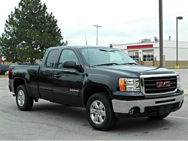 2011 GMC Sierra | 824528