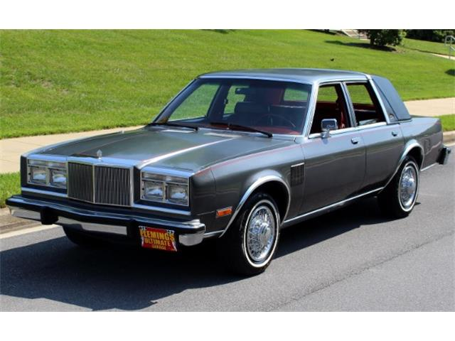 1983 Chrysler Fifth Avenue | 824611