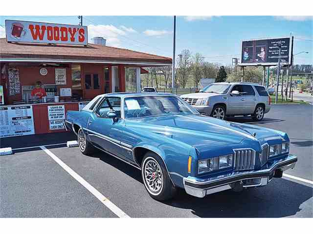 1977 Pontiac Grand Prix | 820695