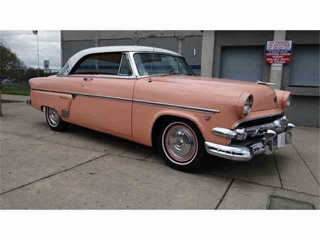 1954 Ford Crestline Victoria | 827934