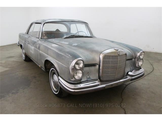 1967 Mercedes-Benz 250SE | 828025