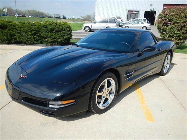 2001 Chevrolet Corvette | 828239