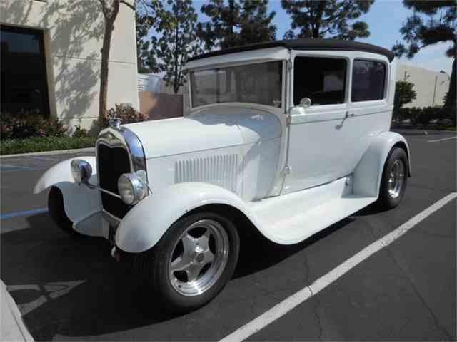 1928 Ford Tudor | 829179