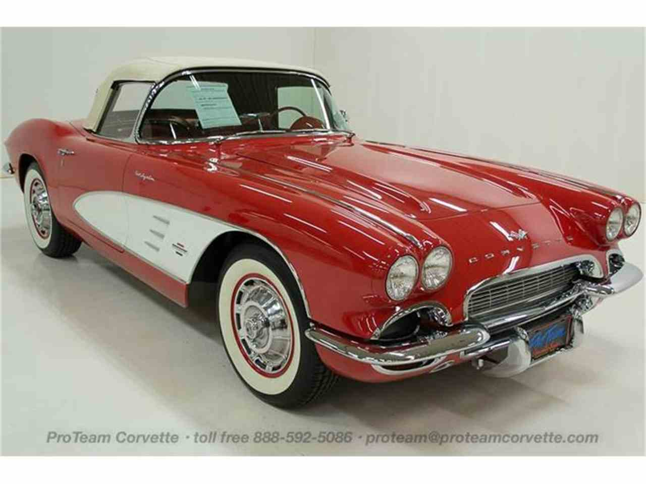 Large Picture of '61 Corvette - HRT5