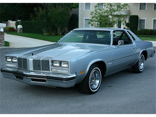 1976 Oldsmobile Cutlass Supreme | 829215