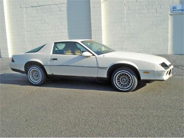 1984 Chevrolet Camaro | 829299