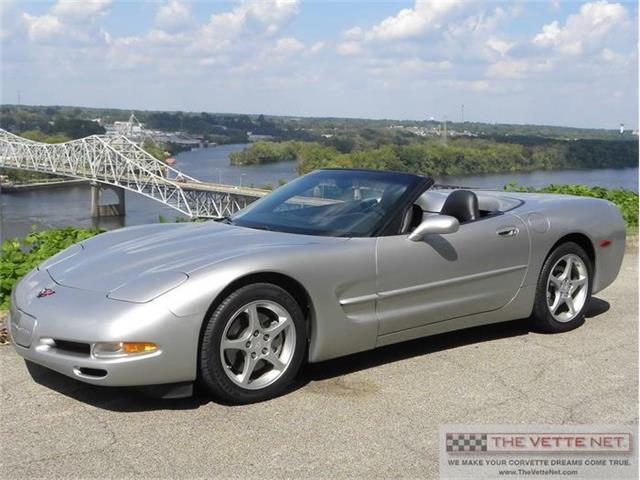 2004 Chevrolet Corvette | 831353