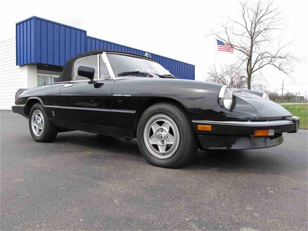 Large Picture of '85 Alfa Romeo Spider located in Troy Michigan Offered by Classic Auto Showplace - HTJF