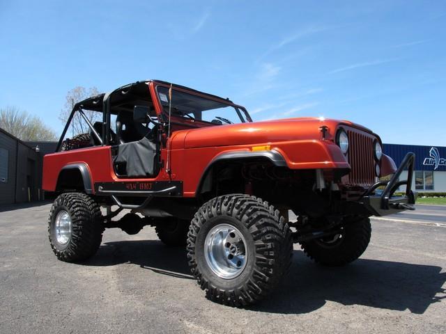 1983 Jeep CJ8 Scrambler | 831440