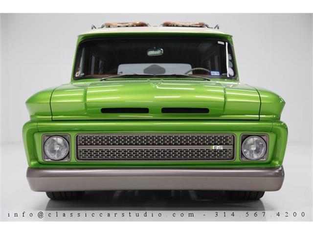 1966 Chevrolet Suburban | 831446