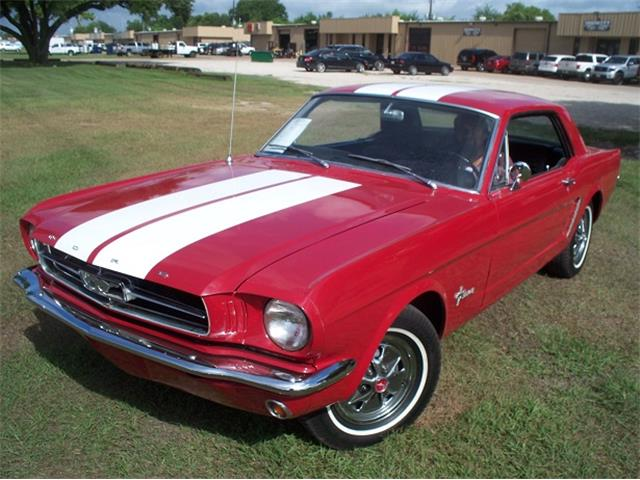 1965 Ford Mustang | 833831