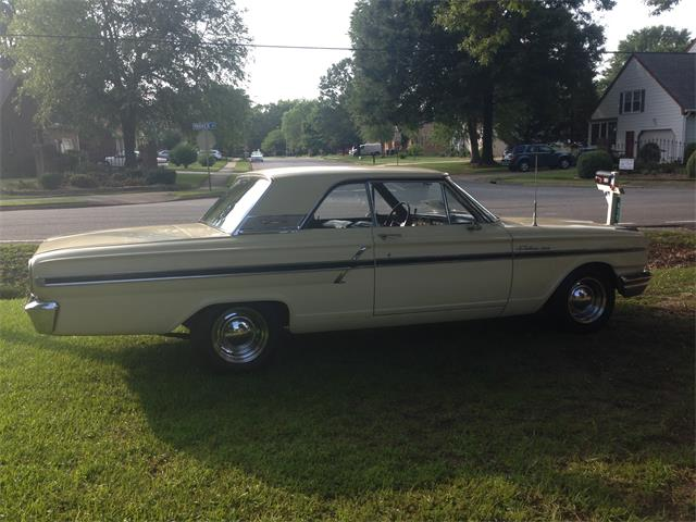 1964 Ford Fairlane 500 | 834556
