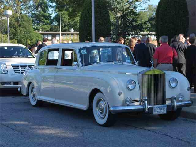 1962 Rolls-Royce Phantom V   835501