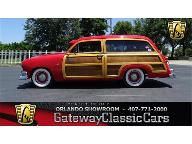 1951 Ford Wagon | 835528