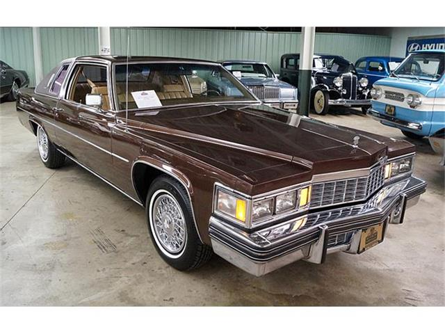 1977 Cadillac Coupe DeVille | 836052