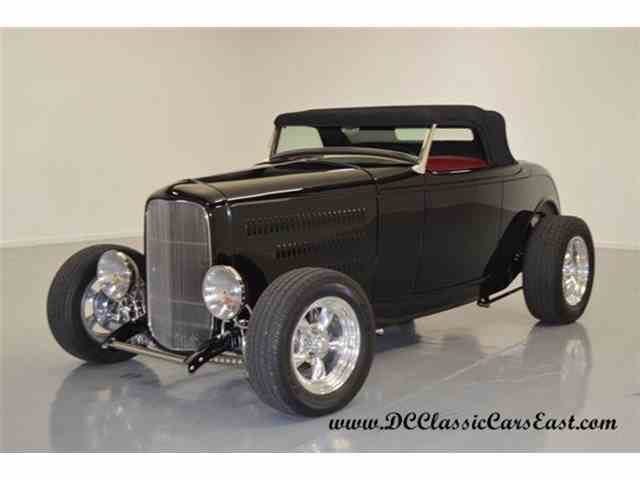 1932 Ford Roadster | 836093
