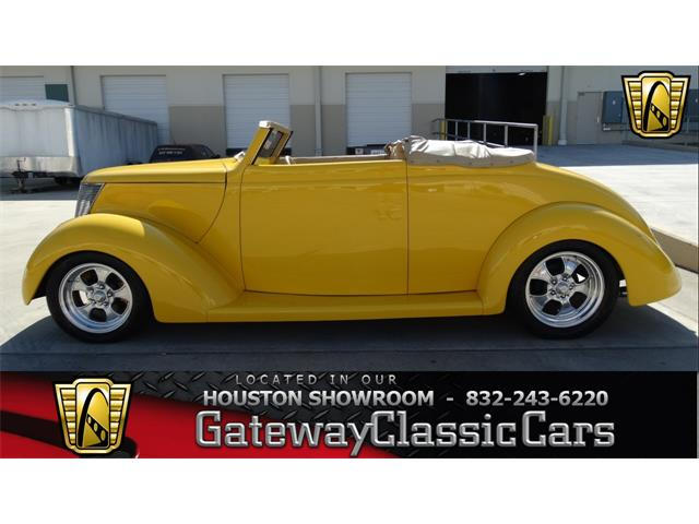 1937 Ford Coupe | 837679