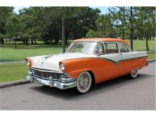 1956 Ford Fairlane | 839051