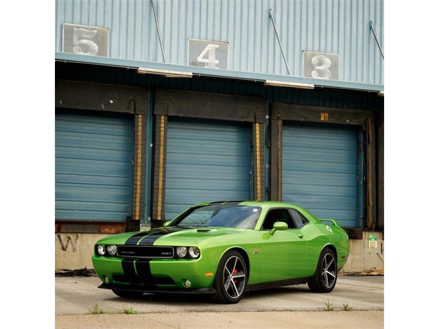 2011 Dodge Challenger | 839070