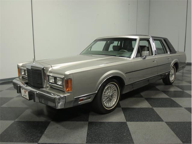 1989 Lincoln Towncar Signature | 839076
