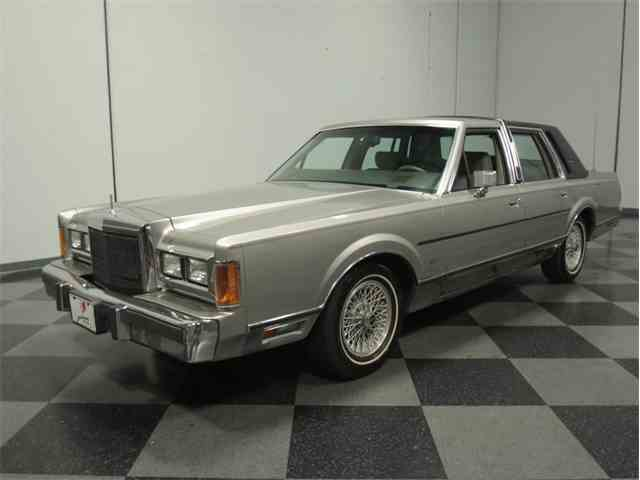 1989 Lincoln Towncar Signature | 839076