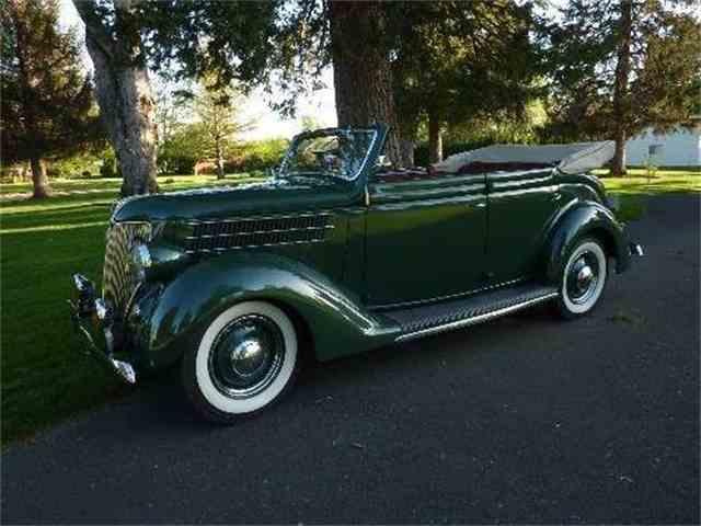 1936 Ford Sedan | 839152