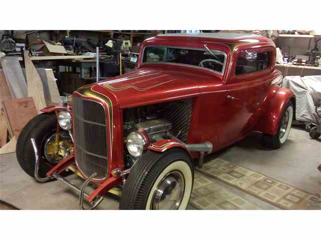 1932 Ford 3-Window Coupe | 839260