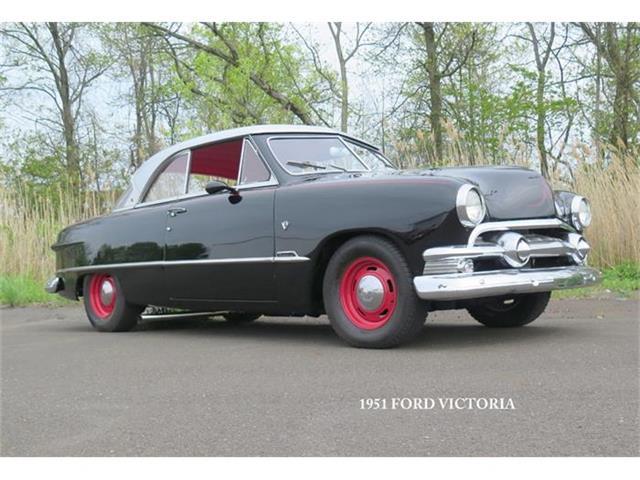 1951 Ford Victoria | 841586