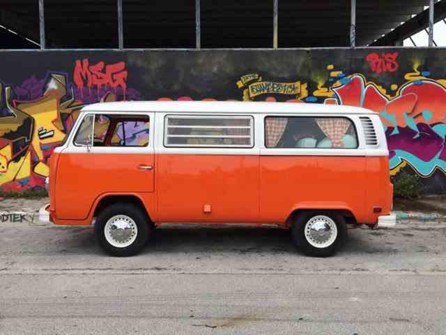 1973 Volkswagen Bus | 842509