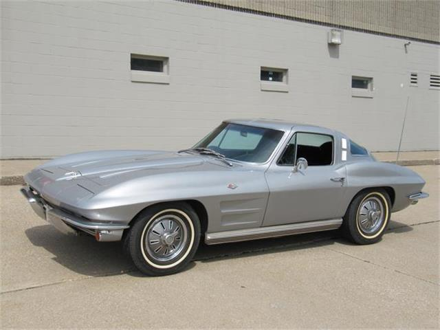 1964 Chevrolet Corvette Stingray | 843881