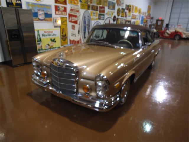 1969 Mercedes-Benz 280SE | 843940