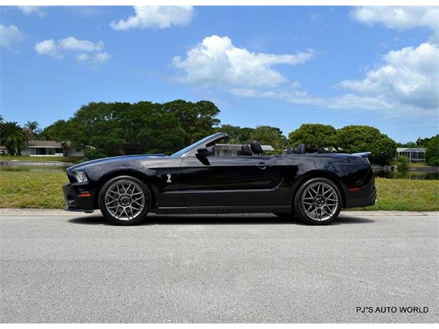 2011 Shelby GT500 | 844004