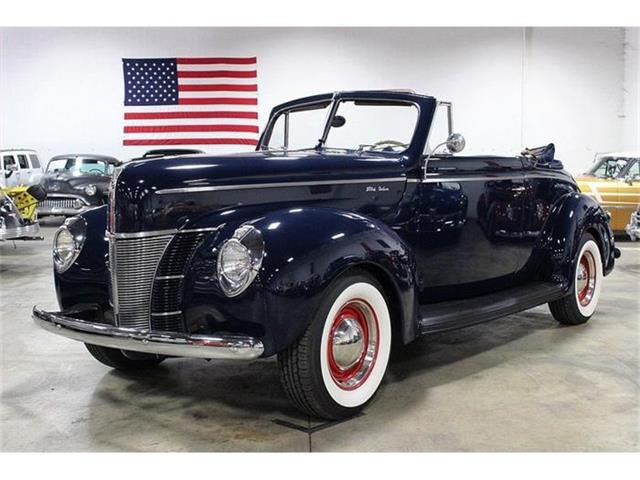 1940 Ford Deluxe | 844066