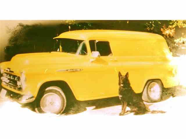 1957 Chevrolet 3200 | 846432