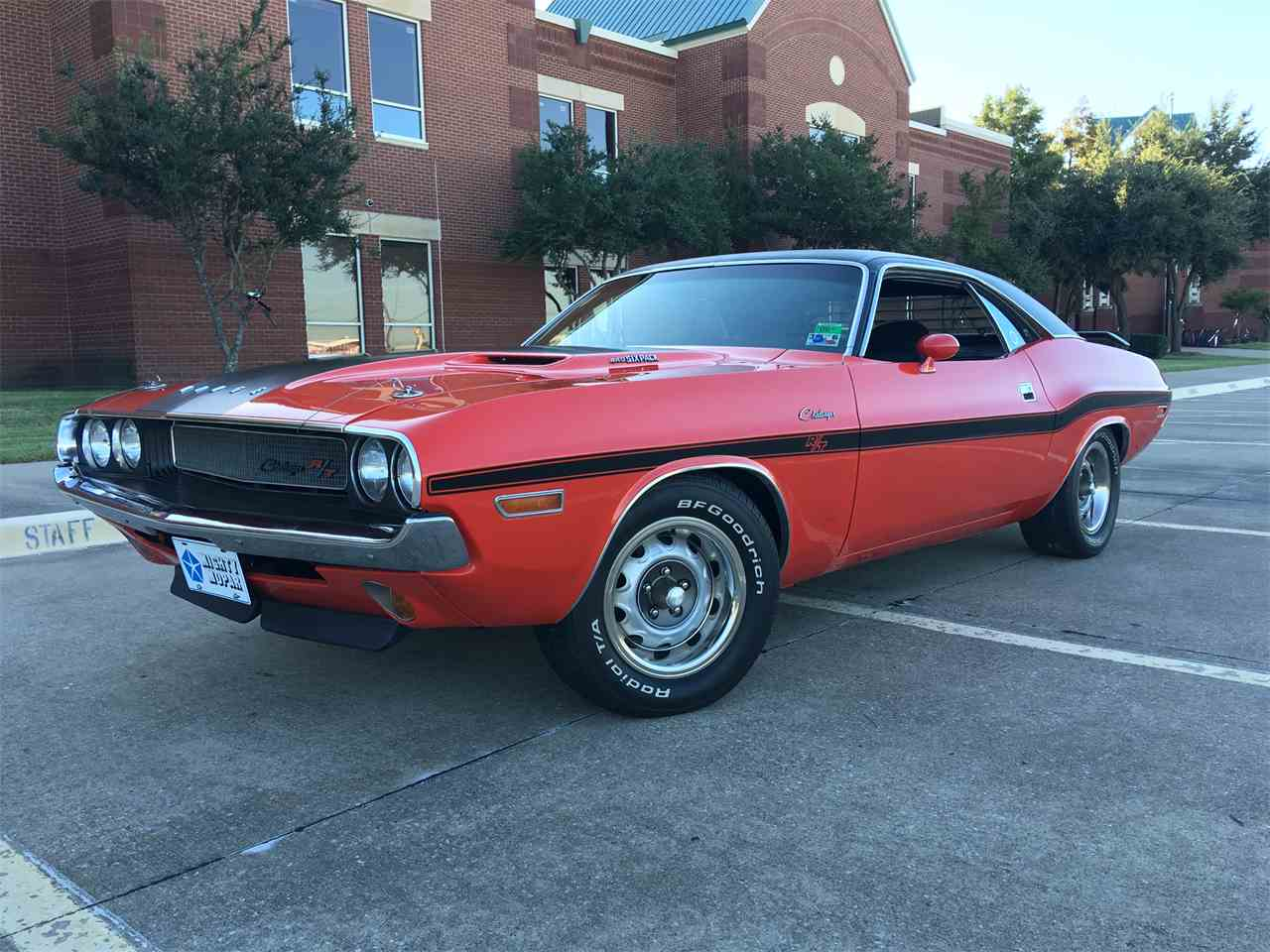 Large Picture of '70 Challenger R/T - I60U