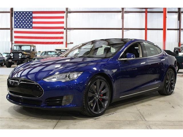 2015 Tesla Model S   848686