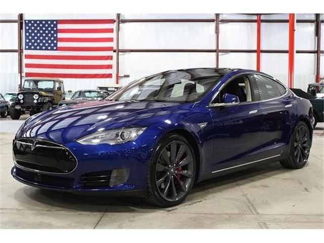 2015 Tesla Model S | 848686