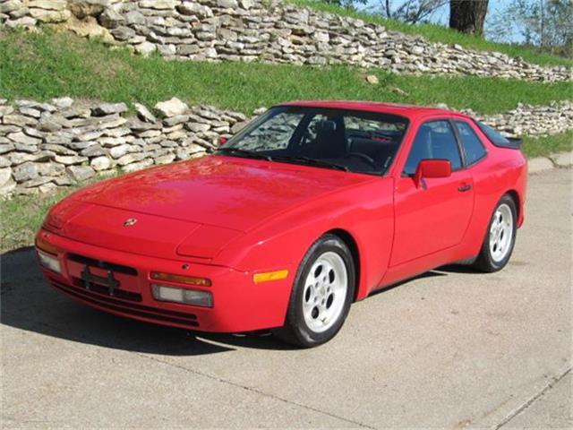 1986 Porsche 944 TURBO | 849466