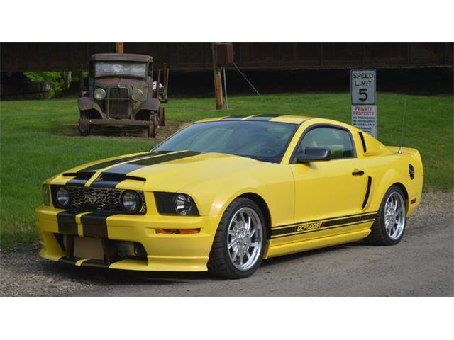 2005 Ford Mustang GT   849765